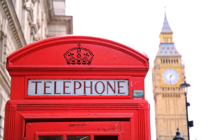 Een telefooncel voor de Big Ben in Londen behoort tot een van de populaire stedentrips