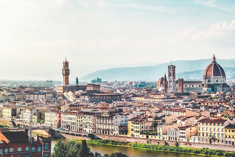 De stad Florence in Italië behoort tot 5x de leukste stedentrips Italië in Rome