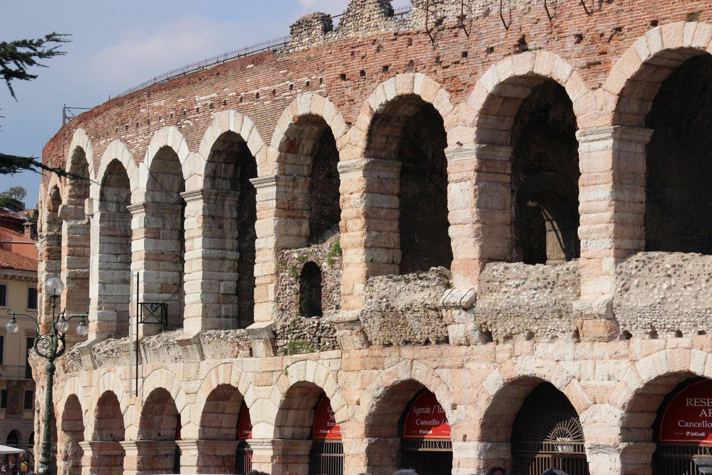 Het amfitheater Arena van Verona is zonder twijfel een van de mooiste bezienswaardigheden Verona