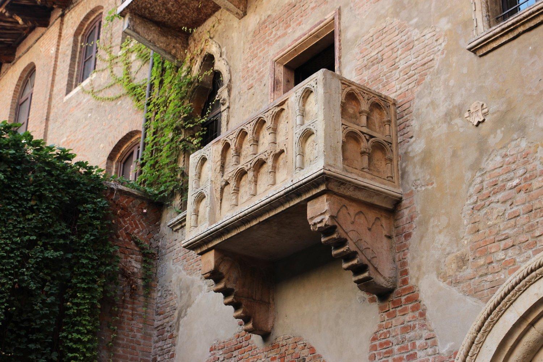 Het balkonnetje van Julia een van de bezienswaardigheden Verona