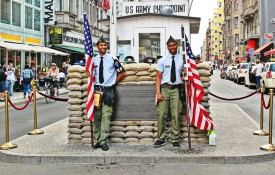 Checkpoint Charlie en het Mauermuseum