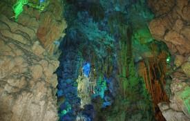 De Grotten van Damlatas