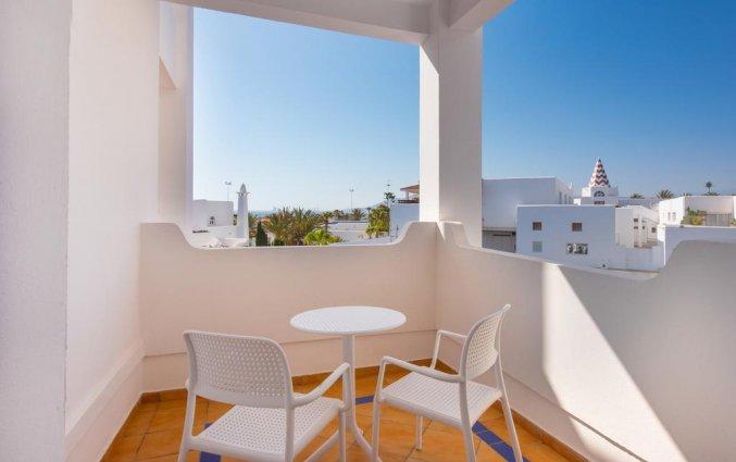 Balkon van hotel Iberostar Founty Beach in Agadir