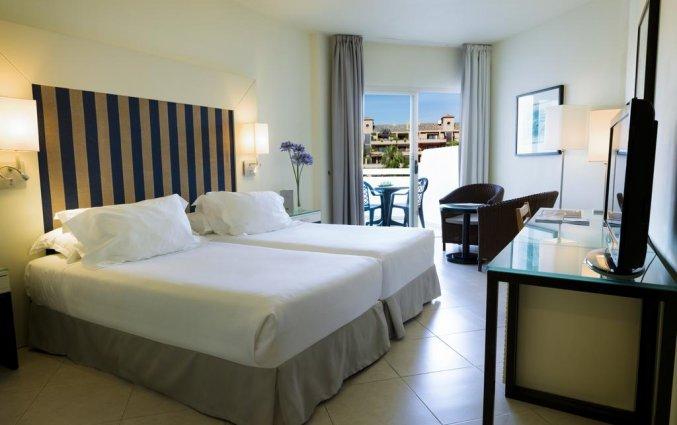 Slaapkamer hotel H10 Estepona Palace in Costa Del Sol