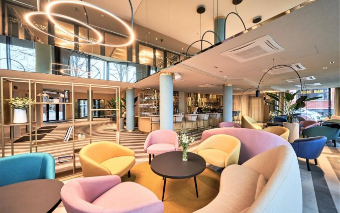 Lobby van Hotel Wellton Riverside Spa in Riga