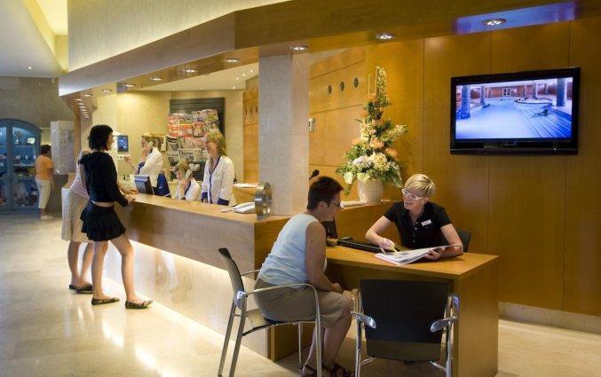 Receptie van hotel Golden Taurus Aquapark in Costa Brava