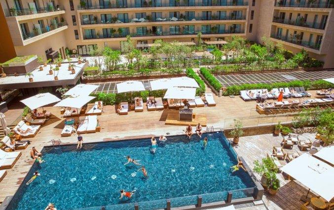 Zwembad van hotel Radisson Blu Carre Eden in Marrakech