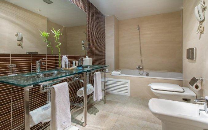 Badkamer van hotel Gran Hotel Sol y Mar in Alicante