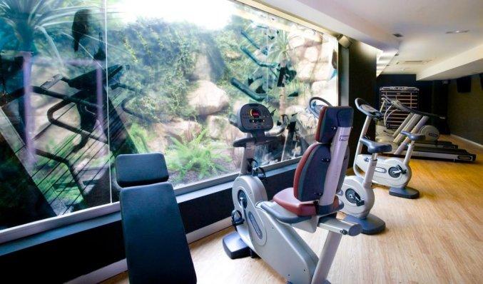 Fitnessruimte van hotel Albir Playa inAlicante