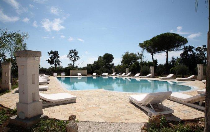 Zwembad van Agriturismo Tenuta Mazzetta in Puglia