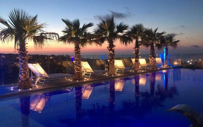 Zwembad van hotel Hugo's Boutiquein Malta