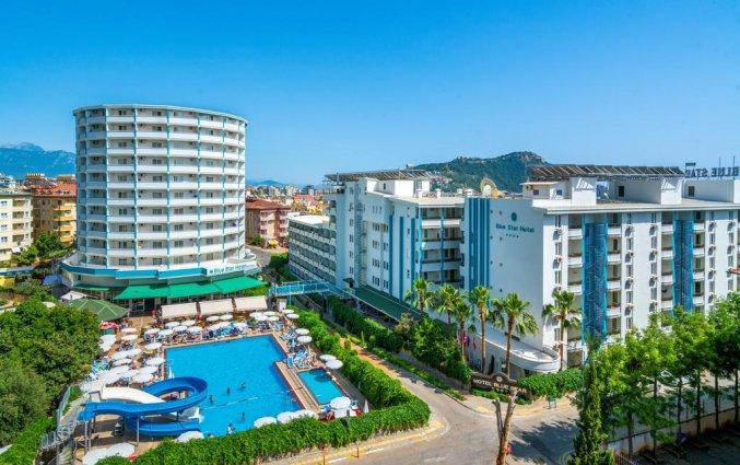 Vooraanzicht hotel Blue Star Alanya