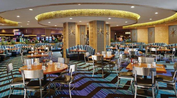 Restaurant van hotel Luxor en Casino
