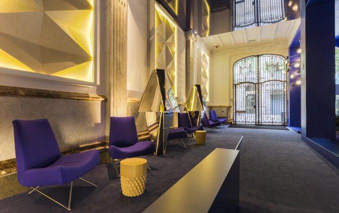 Ingang/lounge van hotel Room Mate Carlain Barcelona
