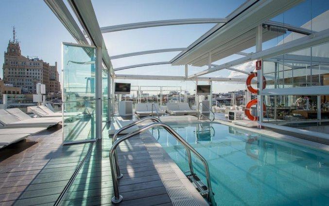 Zwembad Hotel Room Mate Oscar in Madrid