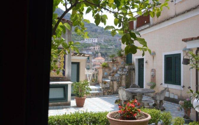 Terras bij Hotel Santa Lucia in Amalfi