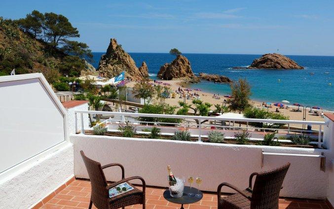 Balkon van Hotel Golden Mar Menuda aan de Costa Brava