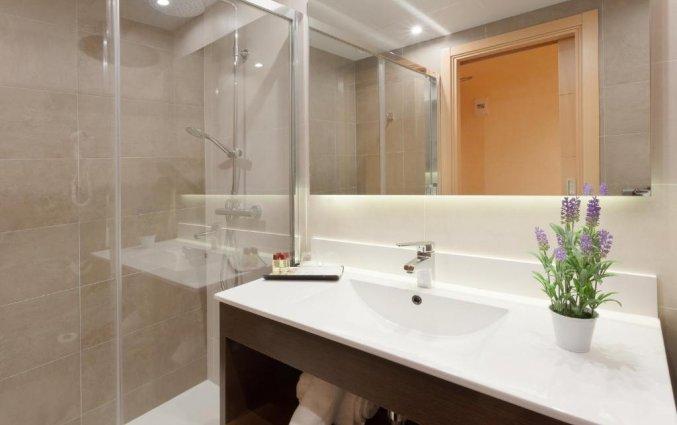 Badkamer van hotel Pi-mar in Costa Brava