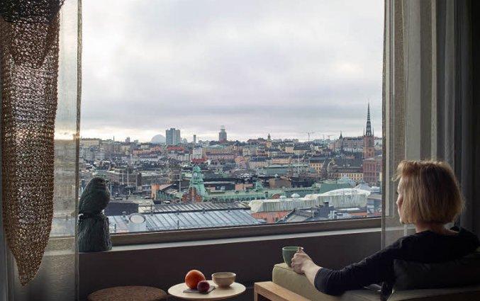 Ontbijten met uitzicht hotel Downtown Camper Stockholm