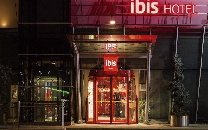 Ingang van hotel Ibis Graz in Graz