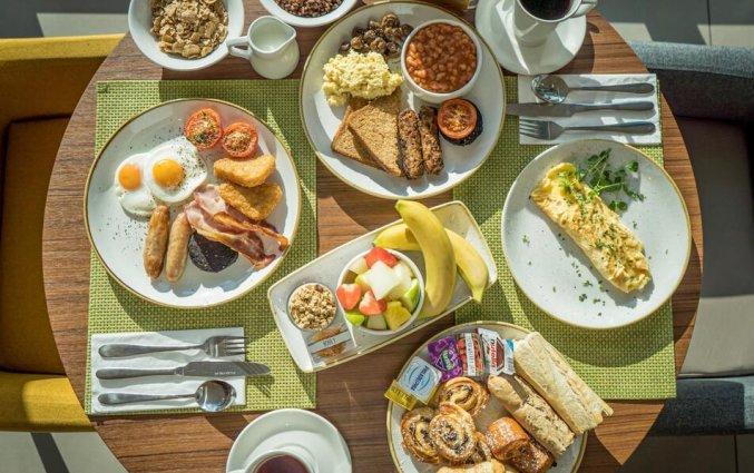 Ontbijt bij hotel Holiday Inn in Bristol