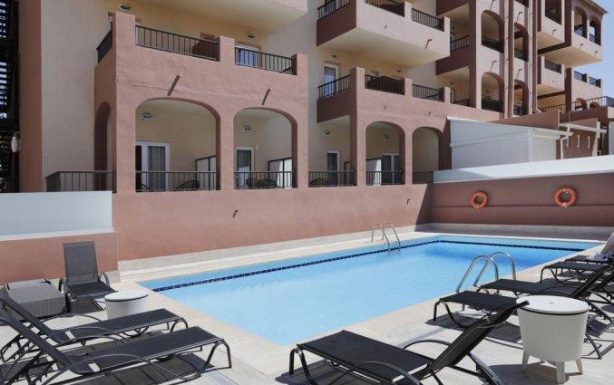 Zwembad van Hotel Santa Ponsa Pins op Mallorca