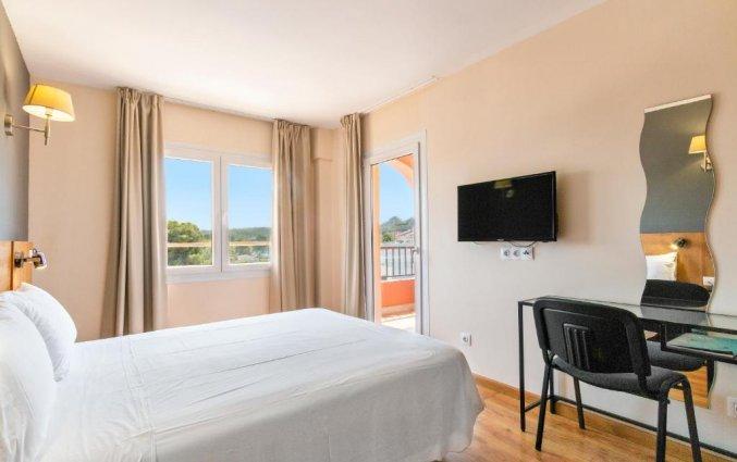 Tweepersoonskamer van Hotel Santa Ponsa Pins op Mallorca