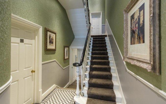 Hal van Hotel Kensington Gardens in Londen
