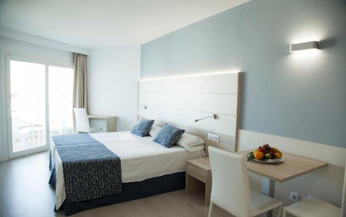 Tweepersoonskamer van Hotel Tomir Portals Suites op Mallorca