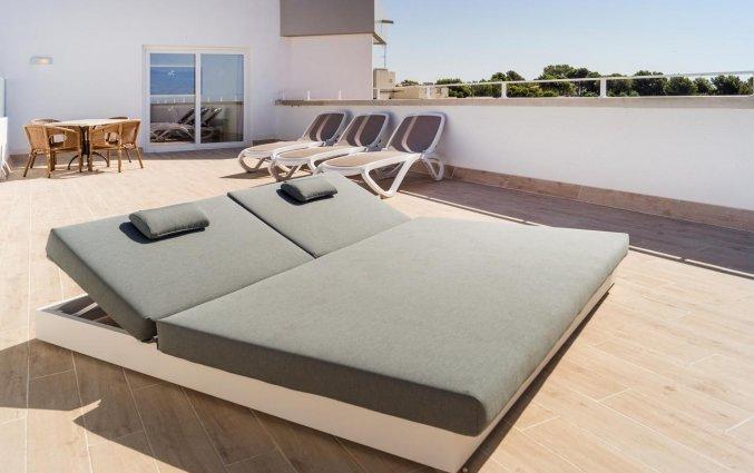 Ligbedden van Hotel Tomir Portals Suites op Mallorca