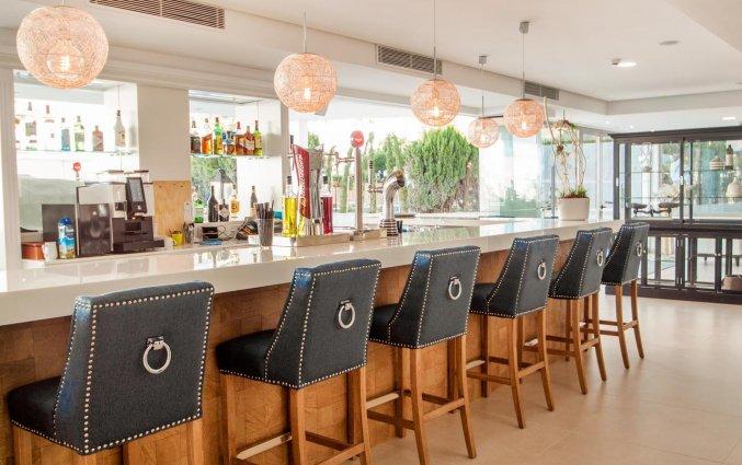 Bar van Hotel Tomir Portals Suites op Mallorca