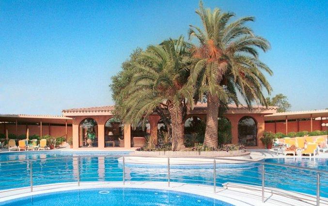 Zwembad van Hotel Luna Park & Spa