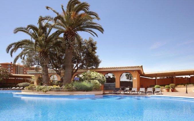 Buitenzwembad van Hotel Luna Park & Spa