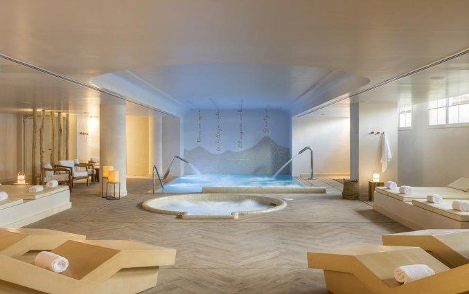 Jacuzzi van Luna Club Hotel & Spa aan de Costa Brava