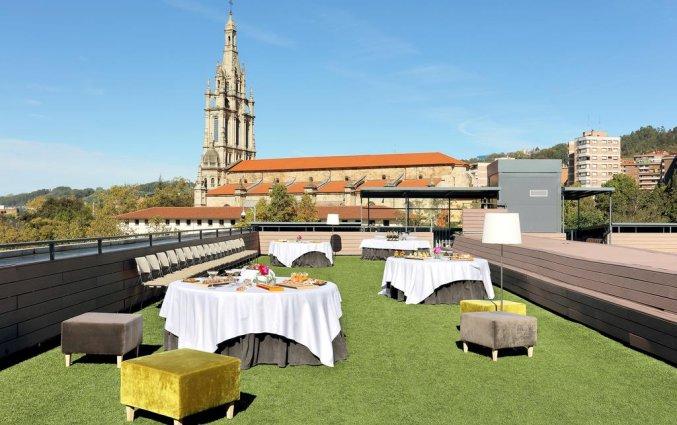 Terras van Hotel Occidental in Bilbao
