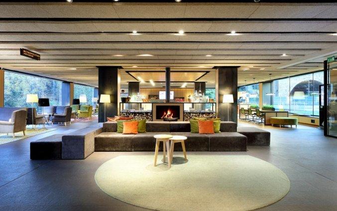 Zitgedeelte in de lobby van Hotel Occidental in Bilbao
