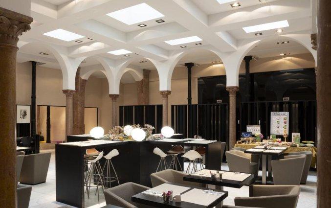 Ontbijtzaal van hotel Petit Palace Plaza Malaga
