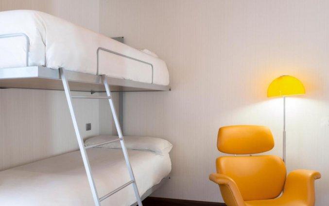Vierpersoonskamer van hotel Petit Palace Plaza Malaga