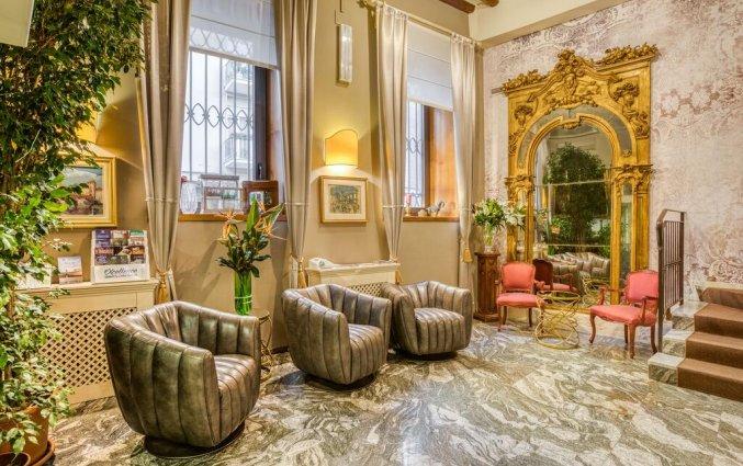 Lobby van hotel Scalzi Verona