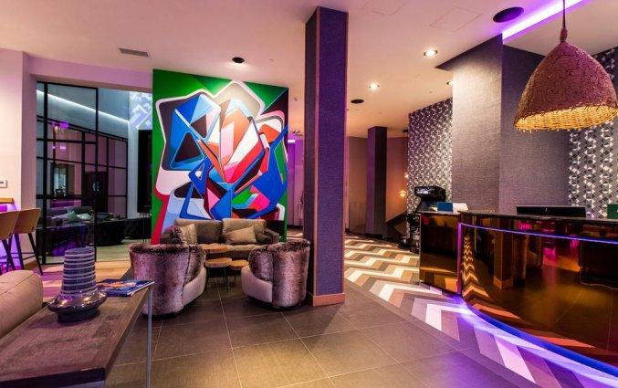 Lobby van NYX Hotel Bilbao by Leonardo Hotels