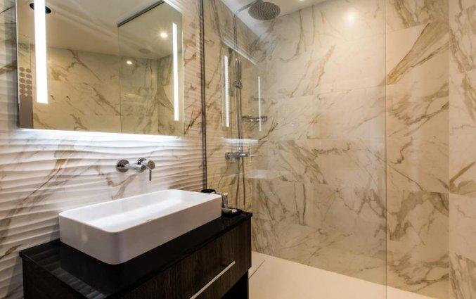Badkamer van NYX Hotel Bilbao by Leonardo Hotels