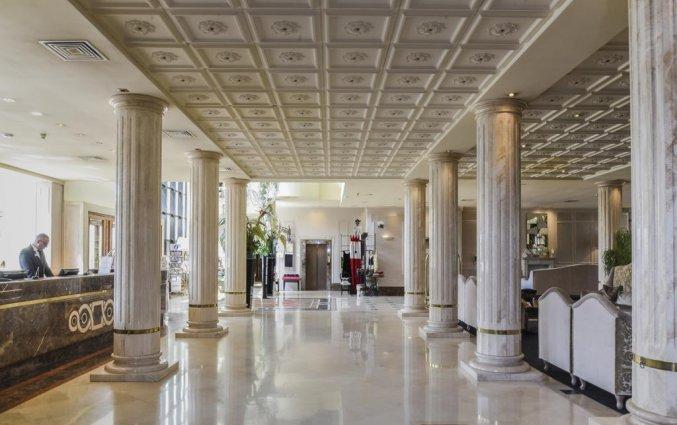 Hal van Hotel Leon d'Oro Verona