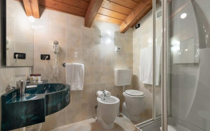Badkamer van hotel Marco Polo Verona