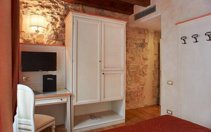 Tweepersoonkamer van hotel Albergo Mazzanti Verona