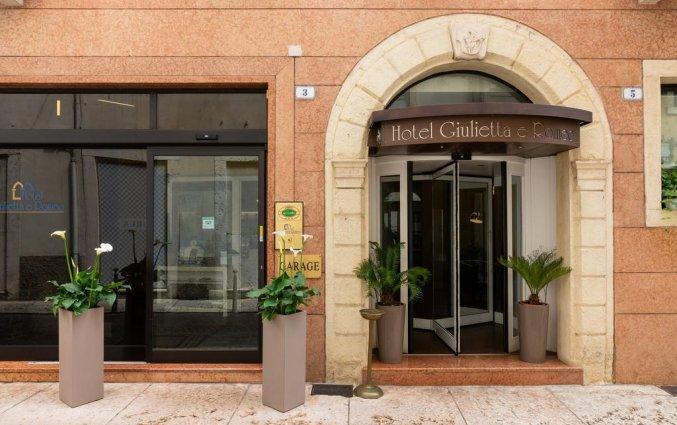 Vooraanzicht van Hotel Giulietta e Romeo Verona