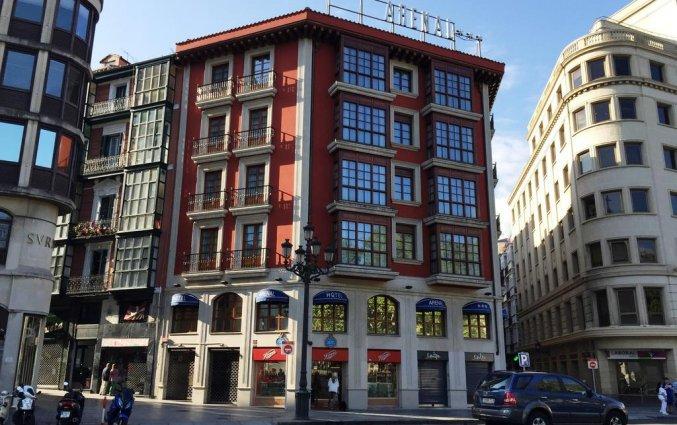 Gebouw van Hotel Sercotel Arenal in Bilbao
