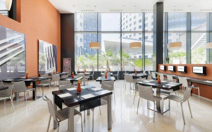 Ontbijtzaal van Hotel Ilunion Aqua 3 in Valencia