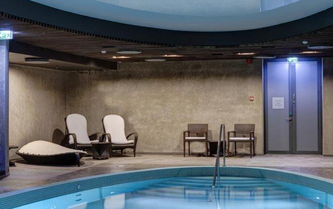 Zwembad van hotel Palace Tallinn