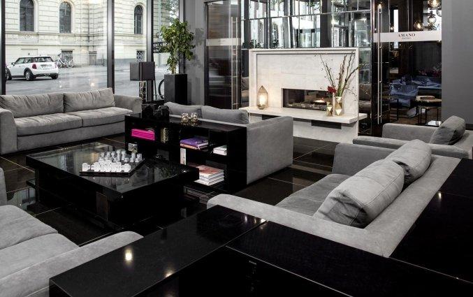 Lounge van Hotel Amano Grand Central in Berlijn