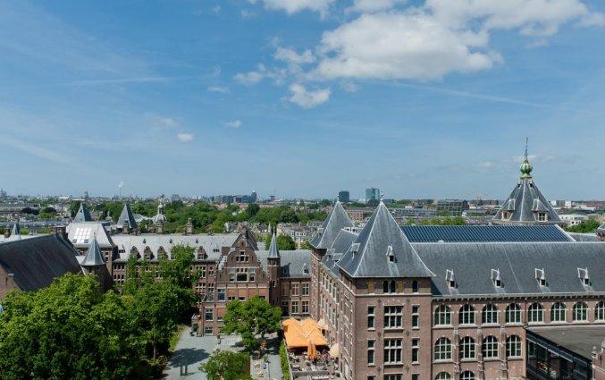 Uitizicht vanaf het Amsterdam Tropen Hotel